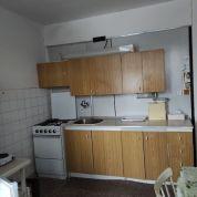 3-izb. byt 78m2, pôvodný stav