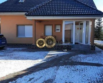 Dvojgeneračný rodinný dom Pánske Nivy Hlohovec