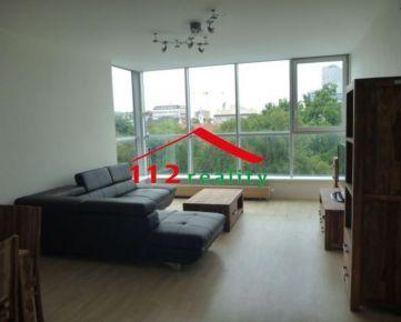 112reality - Na prenájom luxusný priestanný 4 izbový klimatizovaný byt, garážové státie, Staré mesto, Dunajská ulica