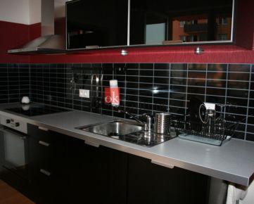 2 izbový byt byt - ateliér Bratislava na predaj, Vyšehradská