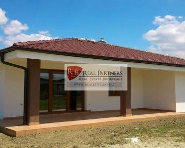 Novostavba 4 izbový nízkoenergetický dom v štandarde Kvetoslavov
