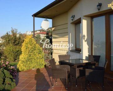PRENÁJOM 3 izbový luxusne zariadený rodinný dom, Zobor - Nitra