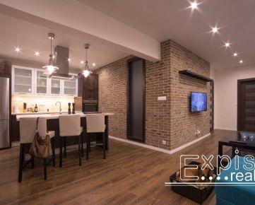 PREDAJ exkluzívny zrekonštruovaný 2-izb. byt v Starom meste - EXPISREAL