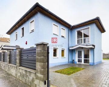 HERRYS - Na predaj administratívny objekt v lokalite rodinných domov v Podunajských Biskupiciach