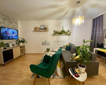 Slnečný klimatizovaný 3i byt s balkónom na prenájom v Petržalke