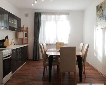 Predaj 2-izbového tehlového bytu po čiastočnej rekonštrukcii s francúzskym balkónom, ul. Cyprichova, BA III - Rača
