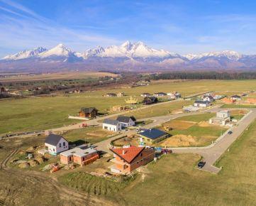 Stavebný pozemok s krásnym výhľadom na Tatry a golf