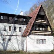 Záhradná chata 650m2, pôvodný stav