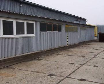Na predaj priemyselný areál 8762 m2 + sklady a haly, Staviteľská ul.