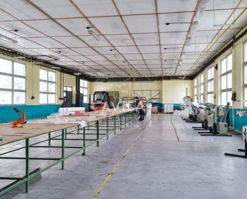 PREDAJ: výrobné a skladové priestory BECKOV