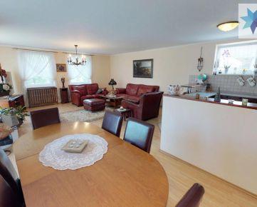 Jedinečný dvojgeneračný rodinný dom na uzavretej ulici, 270m2, 6 izbový tehlový 2 poschodový, Vojtechovce, nový Život,