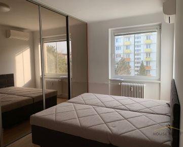 Prenájom moderný 2 izbový byt s klimatizáciou, Astronomická ul, Bratislava II. Ružinov