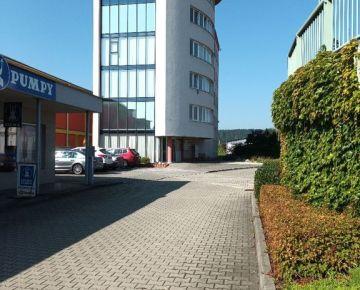 Exkluzívne kancelárske priestory pre firmu v priemyselnej zóne