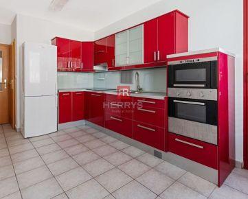 HERRYS - Na predaj výnimočný 5 izbový byt s pivnicou, loggiou, veľkou terasou 2 garážovými státiami v projekte ICT vedľa nákupného centra VIVO