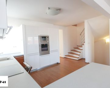 4-izb. byt s Ateliérom,125m2, garáž, Bratislava - Prievoz.