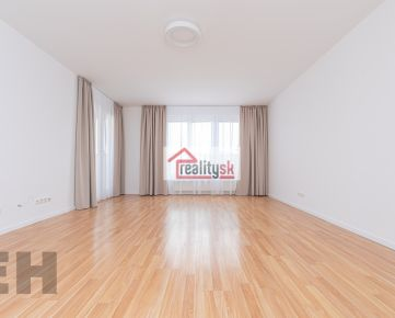 Tichy priestranny 3-izbovy byt.