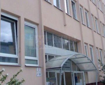 Prenajom  zrekonštruované kancelárske priestory na Pluhovej ul. v Bratislave.