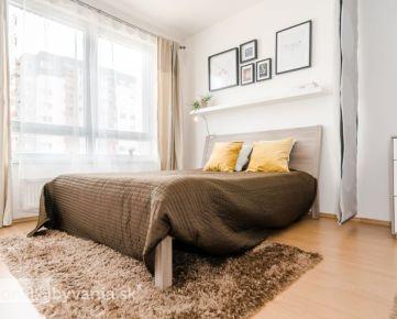 KAŠTIEĽSKA, 1-i byt, 54 m2 - TEHLOVÁ NOVOSTAVBA, kompletne zariadený, NÍZKE MESAČNÉ NÁKLADY