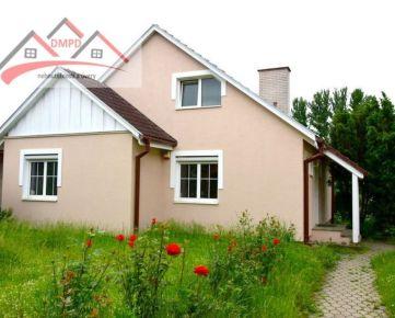 DMPD real Vám ponúka rodinný dom v obci Zemianske Kostoľany.