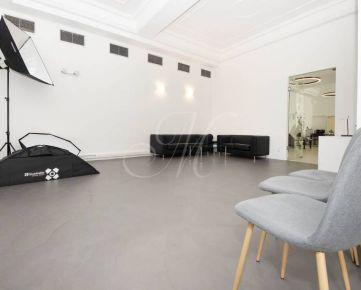 Kancelárie v centre mesta s parkovaním - 39 m2