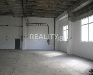 Prenájom zrekonštruovaných priestorov V Nitre .Viacúčelový priestor + kancelária + socialne zariadenie + parking