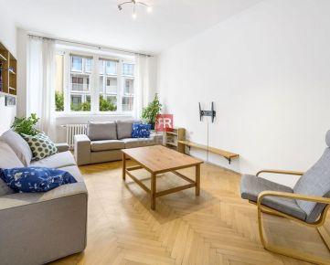HERRYS - na predaj priestranný 3 izbový byt v Starom Meste orientovaný aj do tichého vnútrobloku