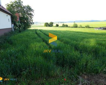 Ponúkame na predaj veľký pozemok 2636m2 v Dolnom Lopašove