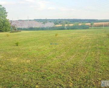 MAXFIN REAL na predaj pozemok 2000m2 Nitra časť Lukov Dvor