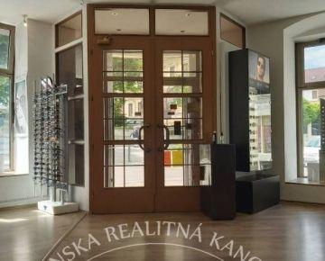 Prenájom - obchodné priestory, Nitra - centrum
