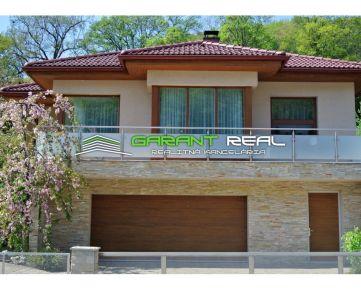 GARANT REAL - EXKLUZÍVNE predaj rodinný dom na Šidlovci, pozemok 844 m2, Prešov