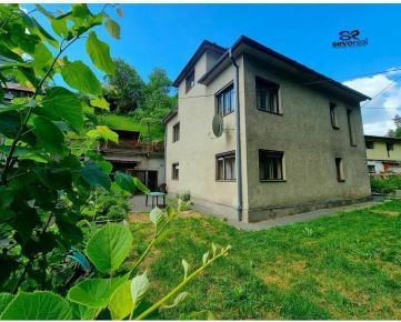 RODINNÝ DOM, Banská Bystrica, LASKOMER, možnosť DVOJGENERAČNÉHO bývania, pozemok 1862 m2