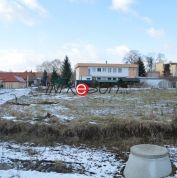 Pozemok pre rodinné domy 681m2