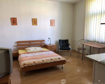 Prenájom 1 izbový apartmán, Žilina - Centrum, Cena: 400€