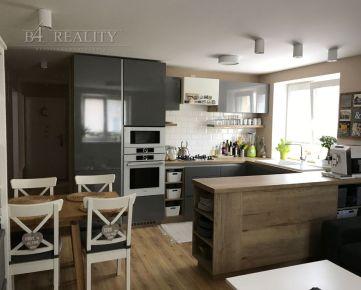 3 izbový byt, kompletná rekonštrukcia, 83 m2, Inovecká ul., Trenčín / lokalita Soblahovská