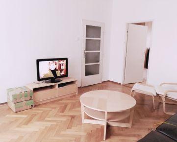 Prenájom pekný 2 izbový byt, Justičná ulica, Bratislava I. Staré Mesto