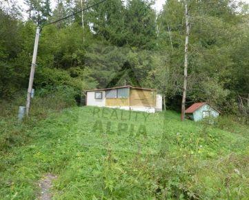 Veľkometrážny pozemok s možnosťou rozparcelovania s chatkou na predaj, Ružomberok - Podsuchá