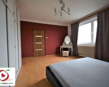 TRNAVA REALITY - priestranný 6 izbový rodinný dom s veľkorysým pozemkom, Sereď - Horný Čepeň