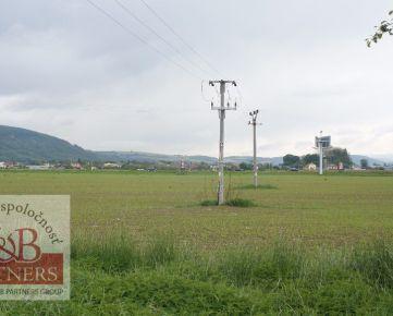 Ponúkame Vám na predaj pozemky na výstavbu komerčných a administratívnych objektov v Trenčíne, časť Záblatie, o celkovej rozlohe 7845 m2
