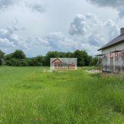 Pozemok pre rodinné domy 690m2