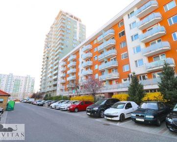 Na predaj 2-izbový byt s balkónom v novostavbe, Bosákova ulica