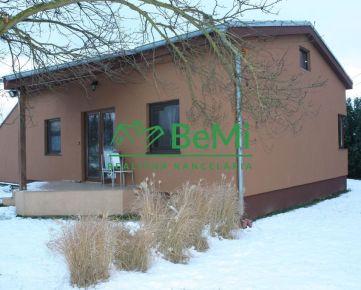Pekný 3 izbový bungalov na veľkom pozemku - Dolné Lefantovce (045-12-NASa)