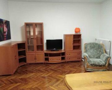 Prenájom veľký 2 izbový byt s 2 balkónmi, Bezručova ulica, Bratislava I. Staré Mesto