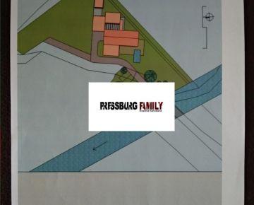 Ponúkame na predaj pozemok s rozostavanou stavbou RD v obci Borinka pri Bratislave