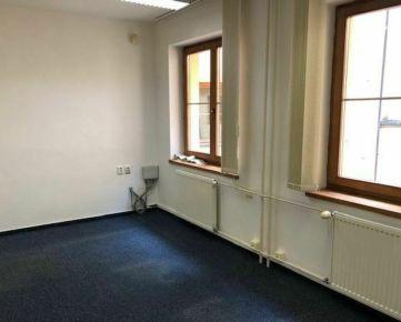 RK DOLCAN dá do prenájmu kanceláriu na pešej zóne, 15 m2, Nitra