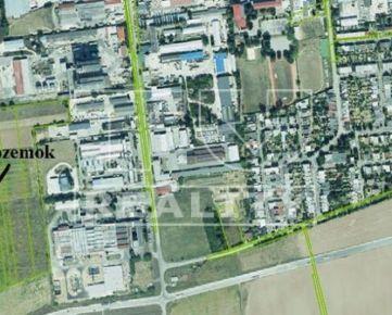 Rozsiahly pozemok v priemyselnej zóne, 8694m2, Senica. CENA: 49,00 EUR/m2