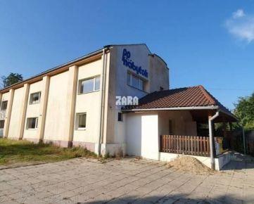TOP PONUKA: budova - predajňa nábytku v meste Gelnica