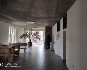 Nové reštauračné priestory na prenájom - 300 m2.
