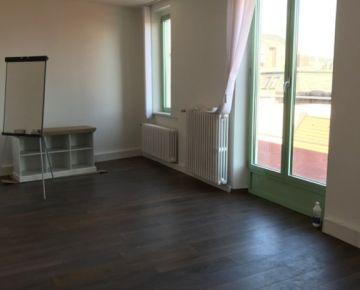 Kancelárie - predaj nebytových priestorov  V CENTRE STARÉHO MESTA  72 - 175 m2