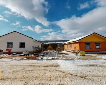 NA PREDAJ NOVOSTAVBA bungalovu - k nasťahovaniu máj/jún 2021