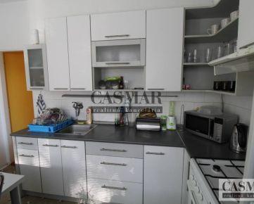 NOVÁ CENA!!!! predaj tehlový 3- izb. byt s výbornou polohou v Trnave